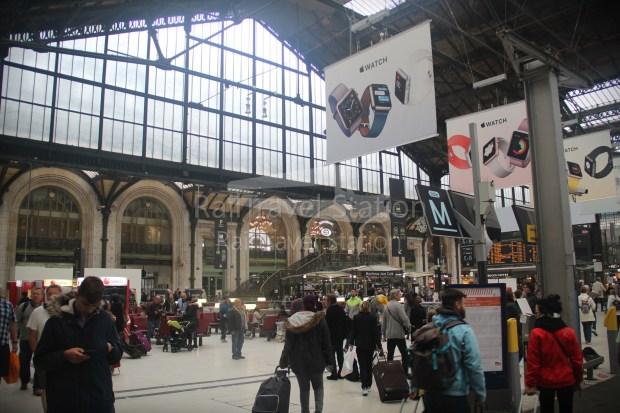 London to Singapore Day 15 Paris 03