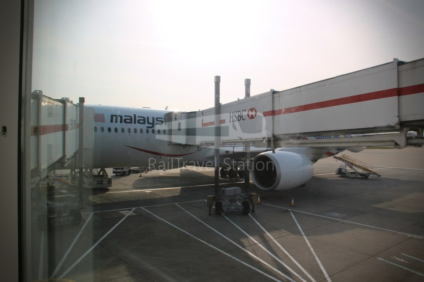 Malaysia Airlines MH4 KUL LHR 083