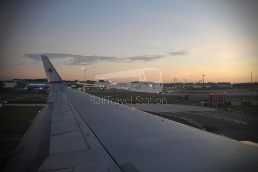 Malaysia Airlines MH602 SIN KUL for LHR 061
