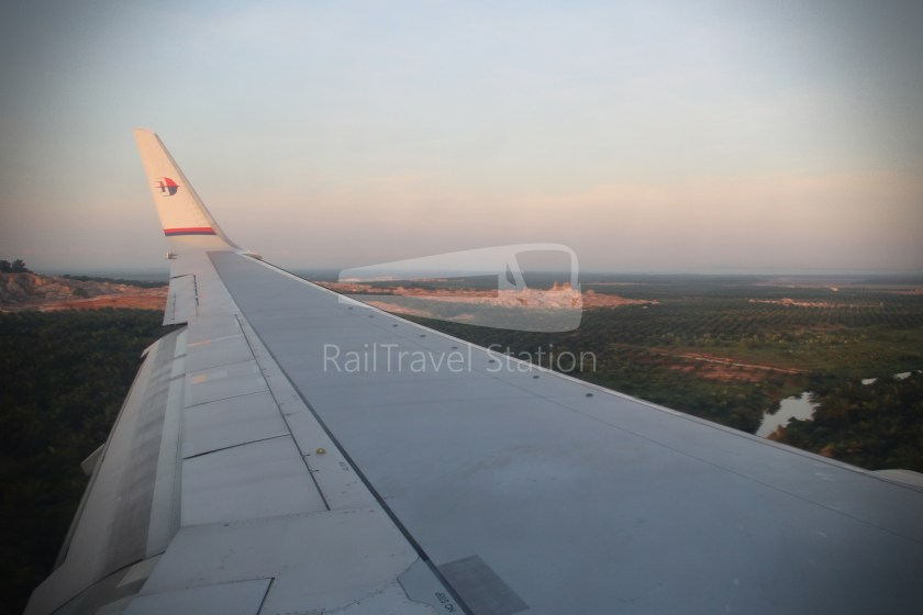 Malaysia Airlines MH602 SIN KUL for LHR 072