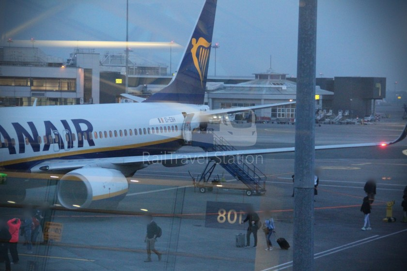 Ryanair FR666 DUB BHX 033