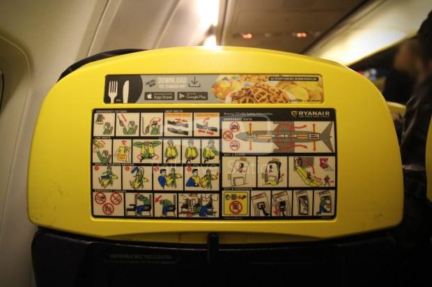 Ryanair FR666 DUB BHX 049