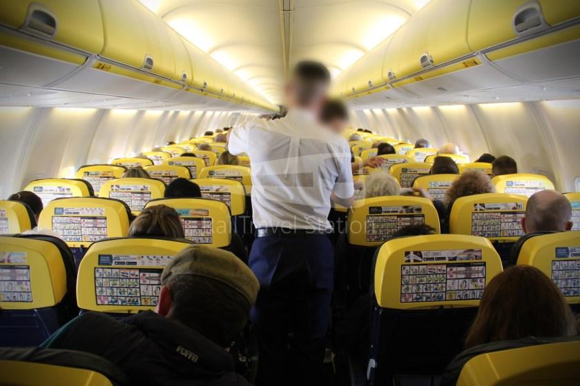 Ryanair FR671 BHX DUB 046