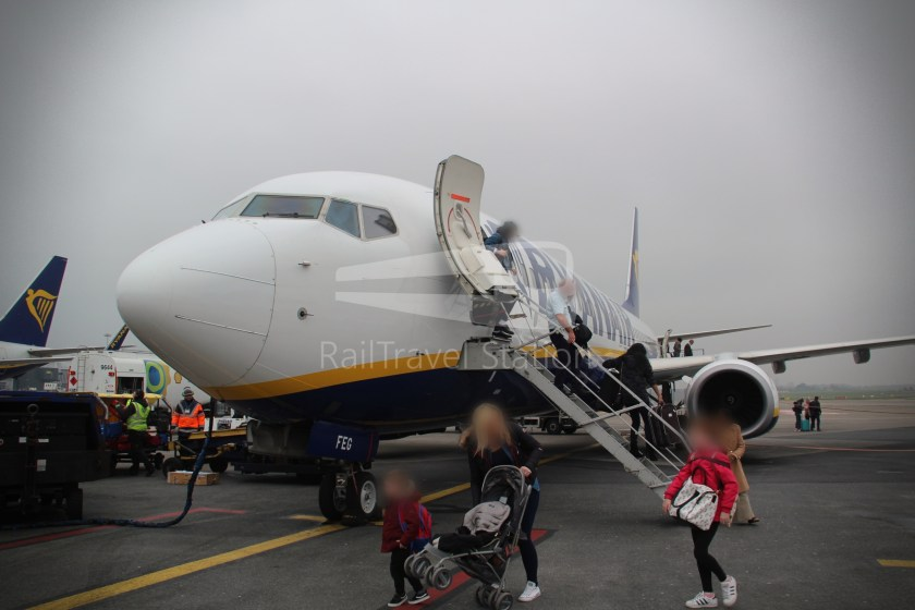 Ryanair FR671 BHX DUB 054