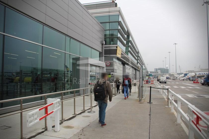 Ryanair FR671 BHX DUB 056