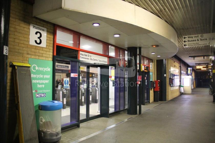 TfL Rail GWR Heathrow Terminal 4 Oxford 050