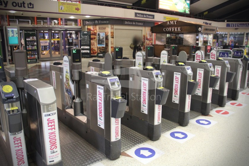 TfL Rail GWR Heathrow Terminal 4 Oxford 051