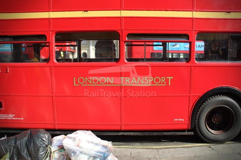 15H (Heritage) Charing Cross Trafalgar Square Tower of London 015