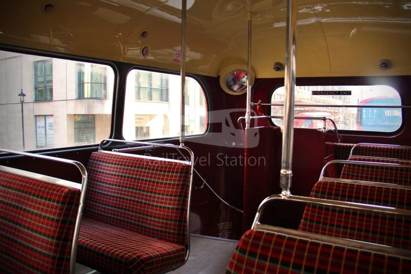 15H (Heritage) Charing Cross Trafalgar Square Tower of London 031