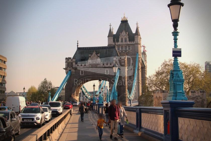 15H (Heritage) Charing Cross Trafalgar Square Tower of London 065