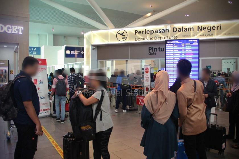 AirAsia AK6436 KUL KBR 012