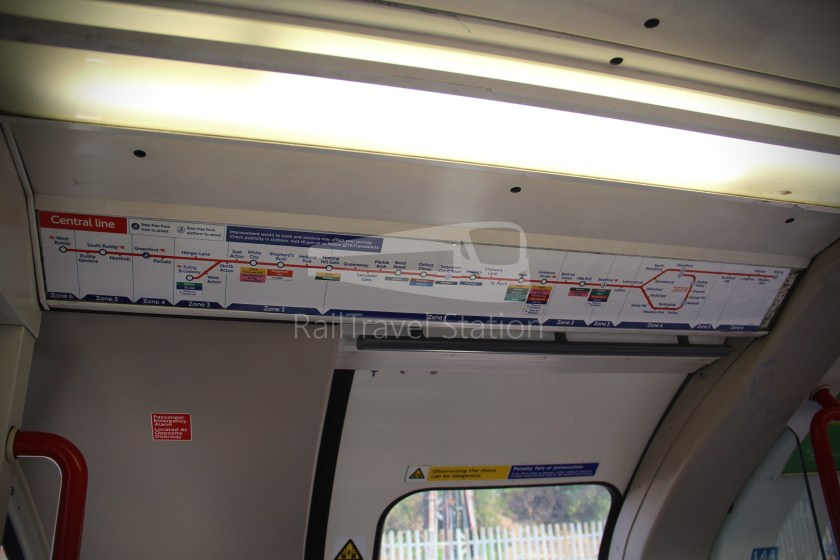 Central Line Ealing Broadway Notting Hill Gate 012