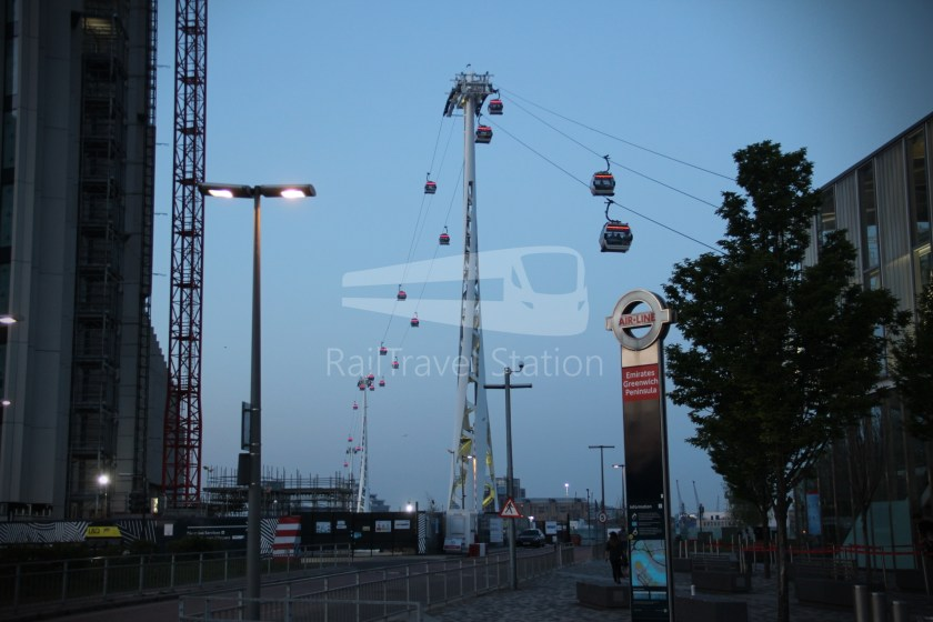 Emirates Air Line Emirates Greenwich Peninsula Emirates Royal Docks Sunset 002