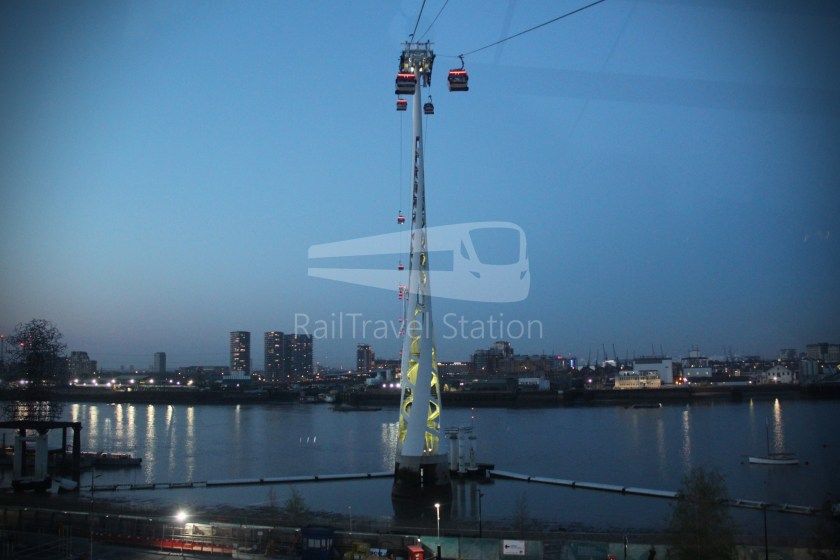 Emirates Air Line Emirates Greenwich Peninsula Emirates Royal Docks Sunset 023