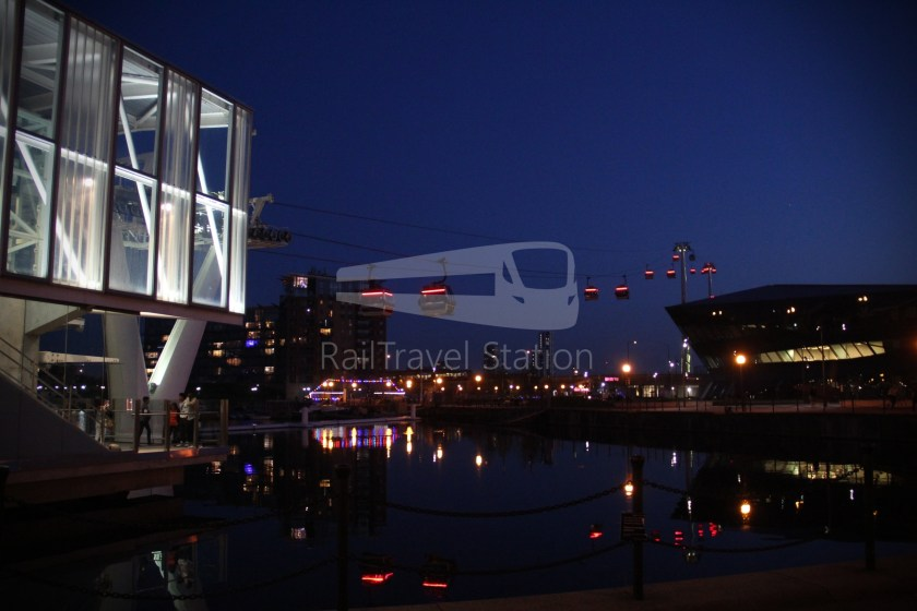 Emirates Air Line Emirates Greenwich Peninsula Emirates Royal Docks Sunset 050