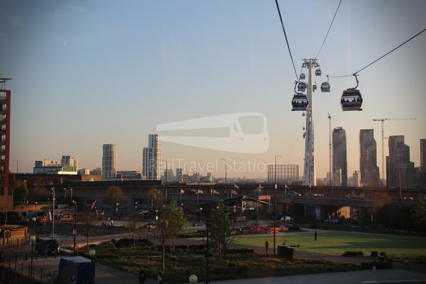 Emirates Air Line Emirates Royal Docks Emirates Greenwich Peninsula 005