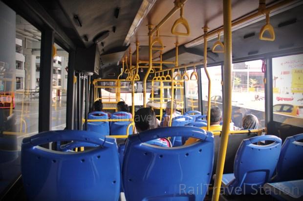 MOP Mitsui Outlet Park Shuttle Bus 01.JPG