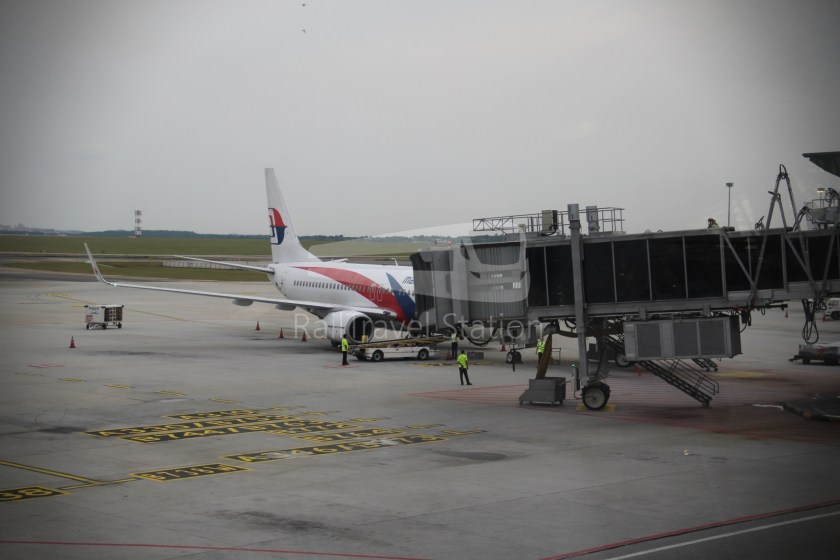 Malaysia Airlines MH607 KUL SIN 020