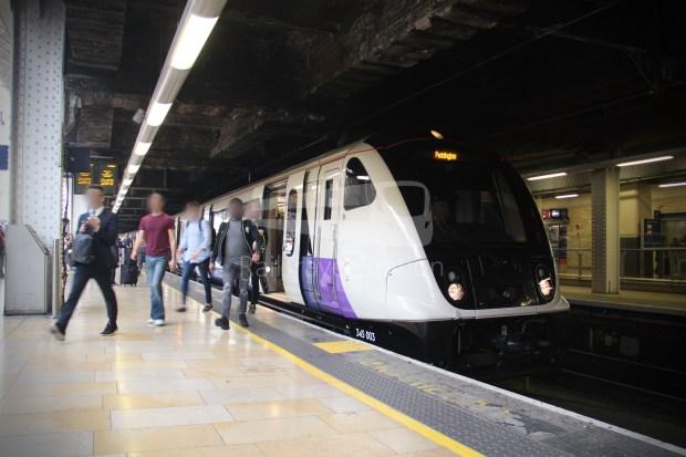 TfL Rail London Paddington Hayes & Harlington 013