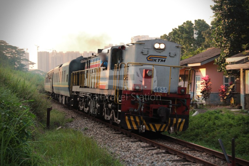 YDM 6635 001