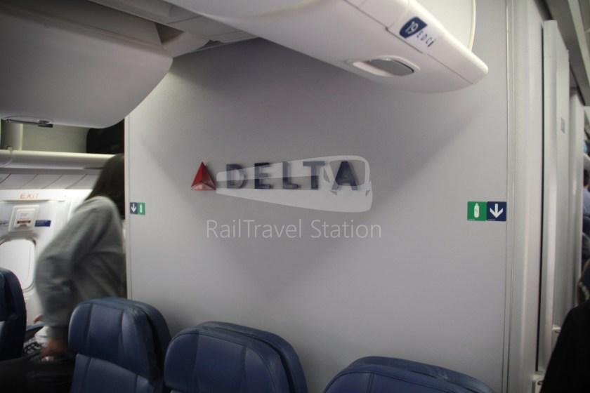 Delta DL169 NRT SIN 040