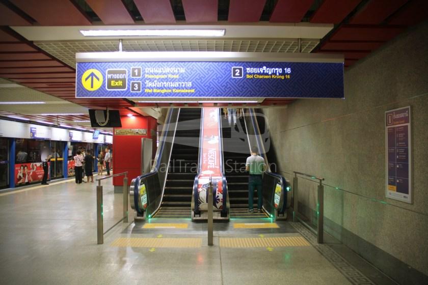 MRT Blue Line Hua Lamphong Tha Phra Extension 033