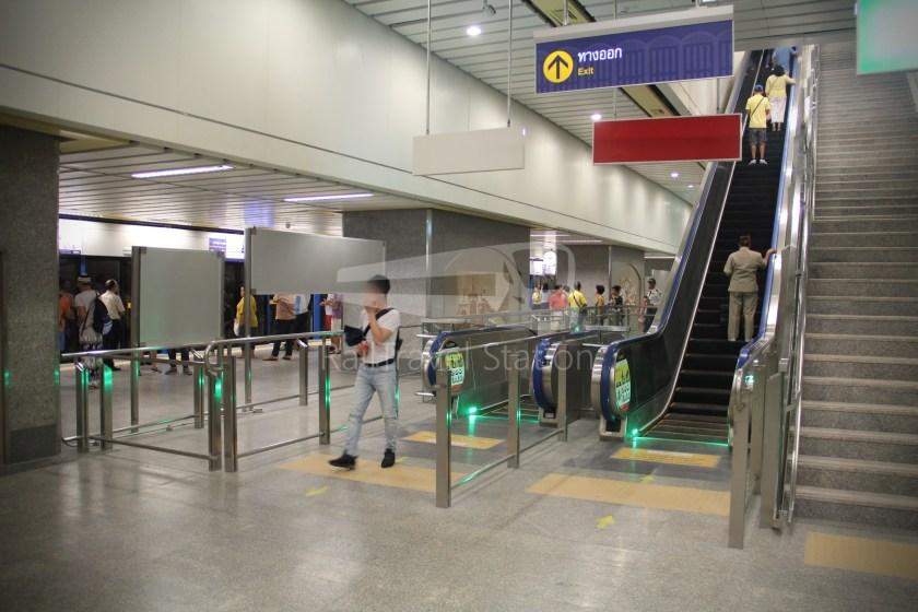 MRT Blue Line Hua Lamphong Tha Phra Extension 048