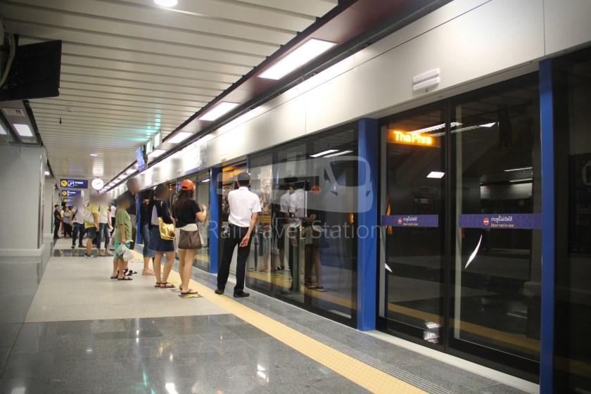 MRT Blue Line Hua Lamphong Tha Phra Extension 055