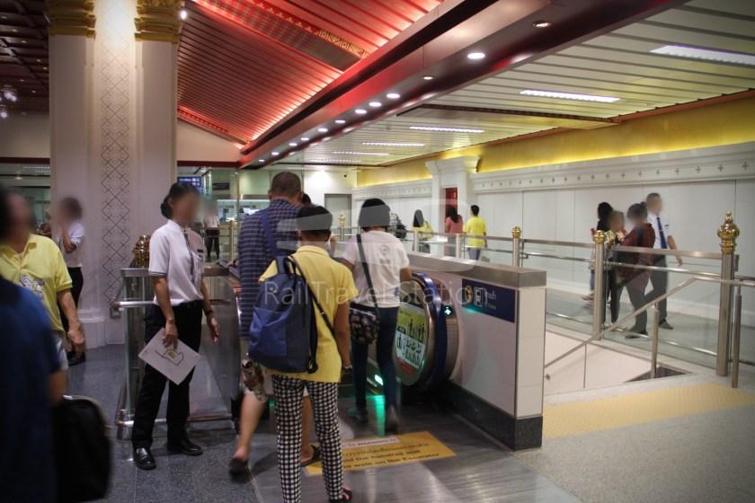 MRT Blue Line Hua Lamphong Tha Phra Extension 062