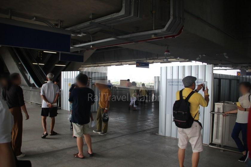 MRT Blue Line Hua Lamphong Tha Phra Extension 090