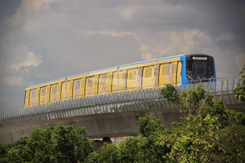 MRT Blue Line Hua Lamphong Tha Phra Extension 095