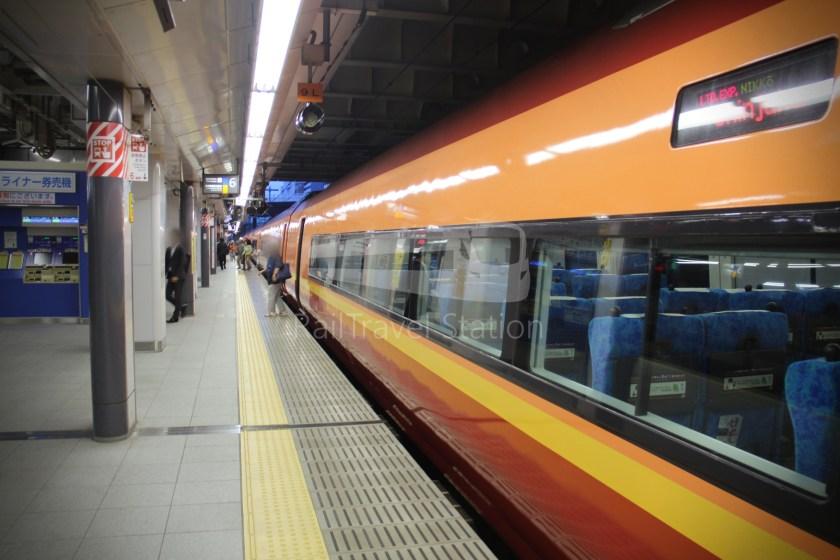 Nikko 8 Tobu-Nikko Shinjuku 100