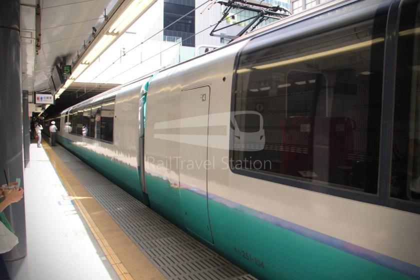 Super View Odoriko 3 Shinjuku Izukyu-Shimoda 008