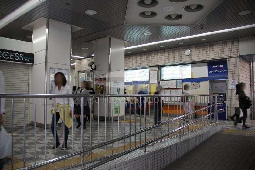 Tobu Skytree Line Local Higashi-Mukojima Asakusa 002