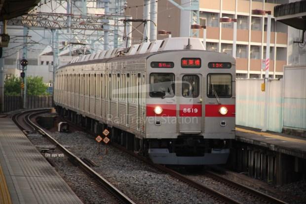 Tobu Skytree Line Local Higashi-Mukojima Asakusa 007