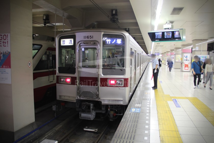 Tobu Skytree Line Local Higashi-Mukojima Asakusa 025