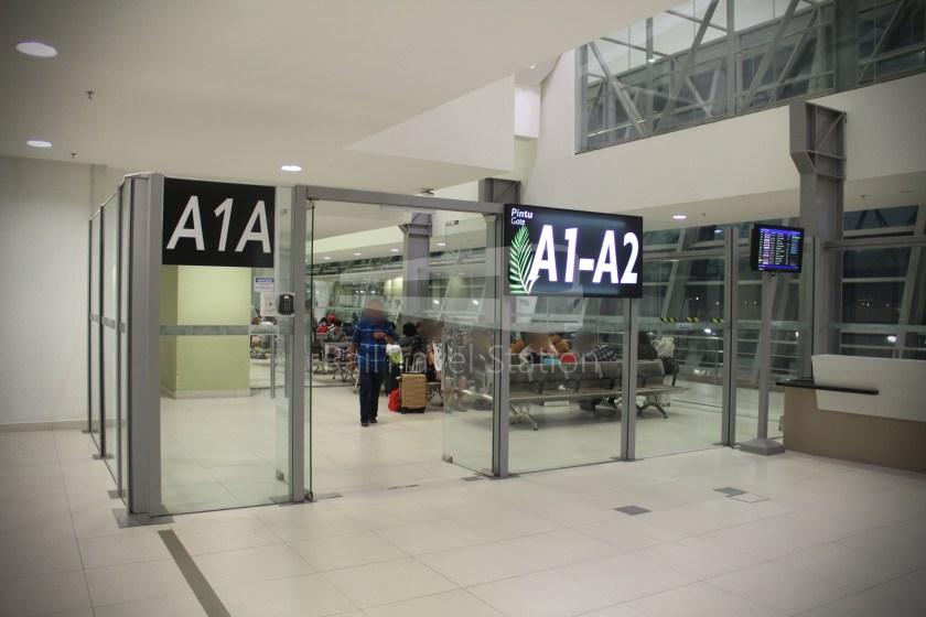 AirAsia AK1727 PEN SIN 013
