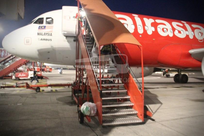 AirAsia AK1727 PEN SIN 017