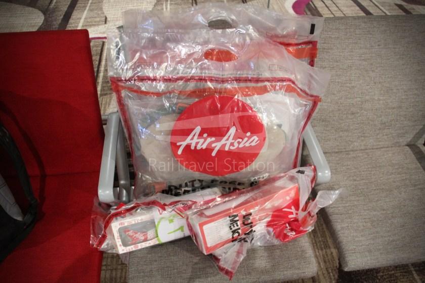 AirAsia AK1727 PEN SIN 030