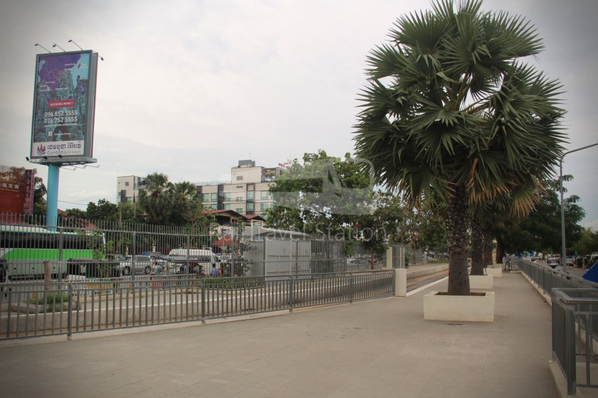 Airport Shuttle Train AIRPORT-PP 1635 PM Airport Phnom Penh 013