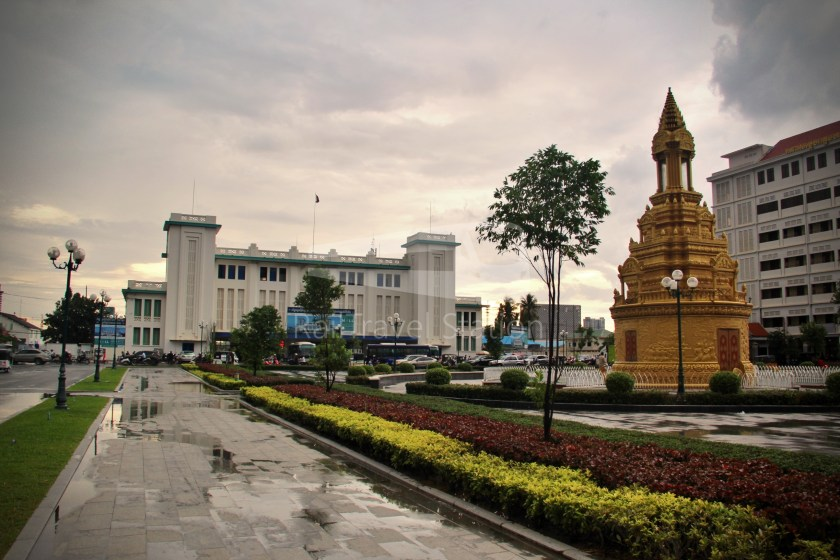 Airport Shuttle Train AIRPORT-PP 1635 PM Airport Phnom Penh 131