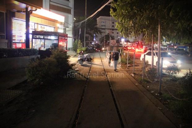 Poipet Ban Khlong Luk Walk 004