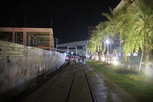 Poipet Ban Khlong Luk Walk 023