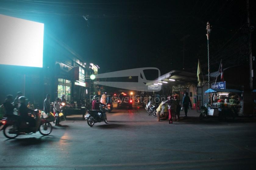 Poipet Ban Khlong Luk Walk 036