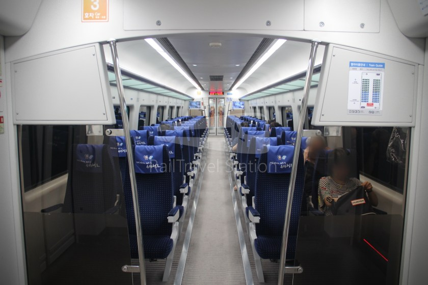 AREX Express Train Seoul Station Incheon International Airport Terminal 1 027