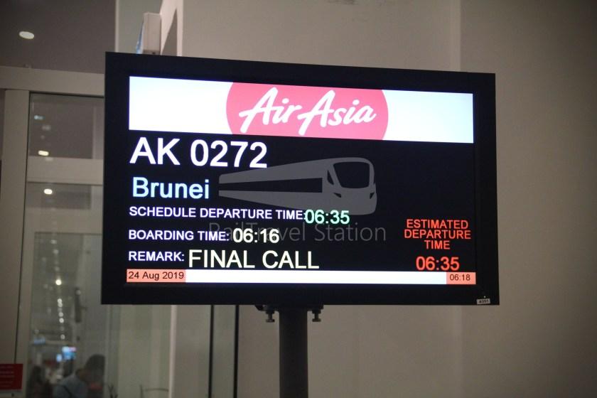 AirAsia AK272 KUL BWN 030