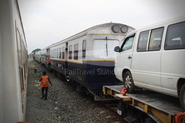 Passenger Coach H ZZ802 001.JPG