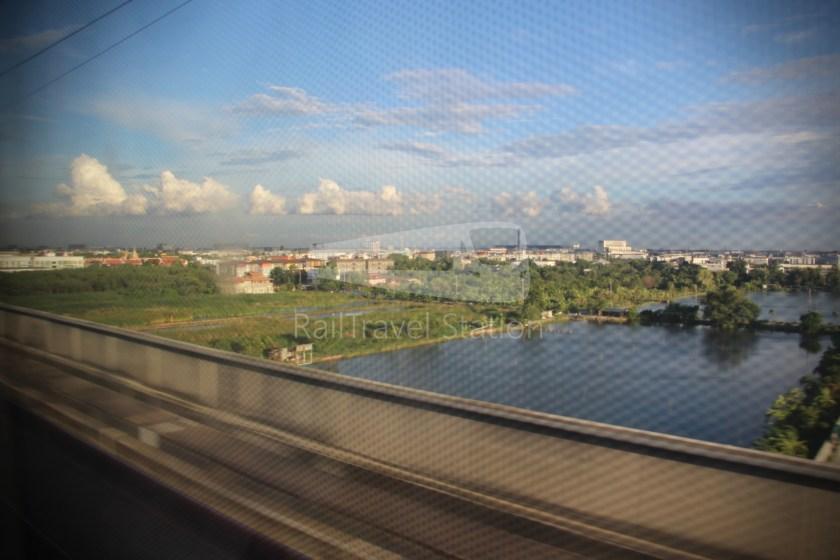 SARL City Line Phaya Thai Suvarnabhumi Airport 012