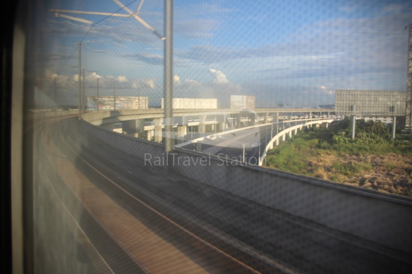 SARL City Line Phaya Thai Suvarnabhumi Airport 013