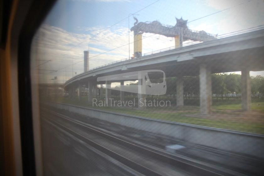 SARL City Line Phaya Thai Suvarnabhumi Airport 015